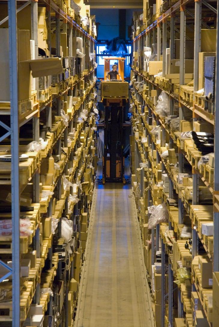 Miten valitset parhaan varaosa- ja materiaalilogistiikkakumppanin?