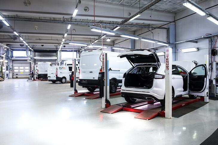 Varustelu ja luovutushuolto maahantulon yhteydessä ovat automyyjän ja asiakkaan etu